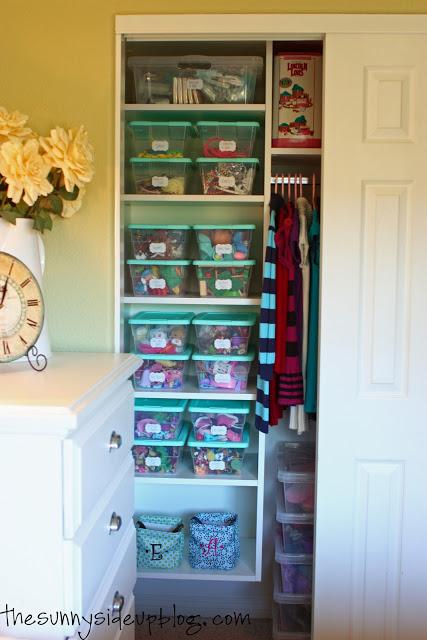 Kids' Closet Organization