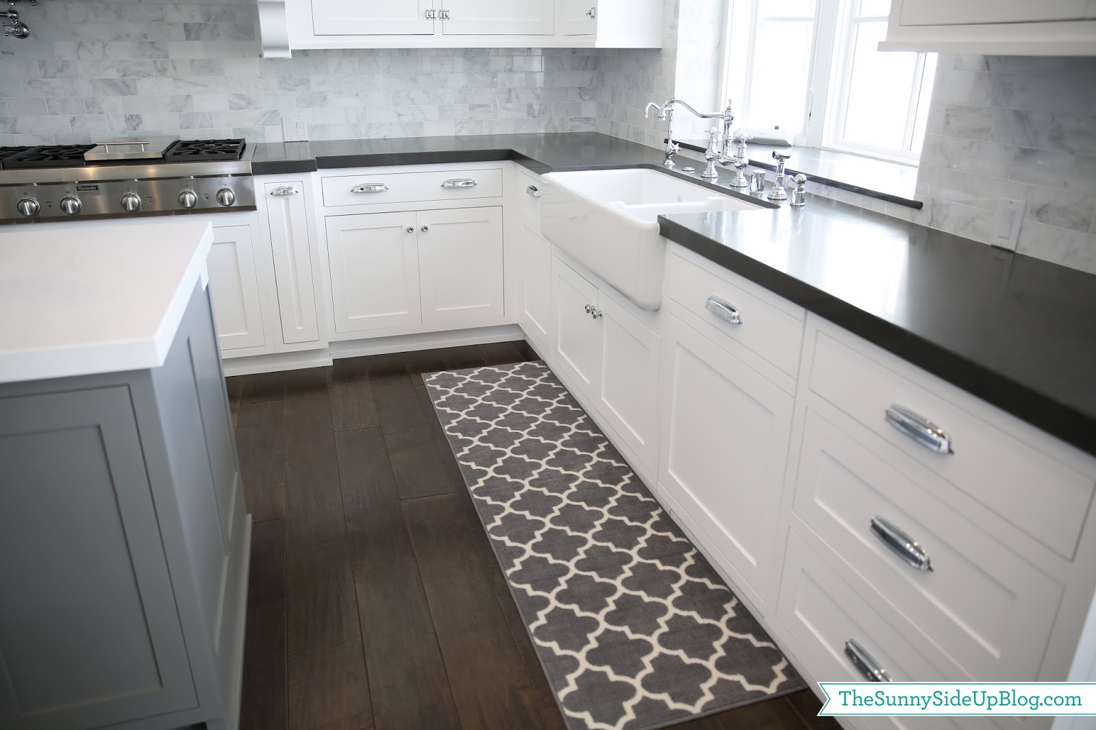 Grey And White Carpet Runner: Priorities And New Kitchen Rugs