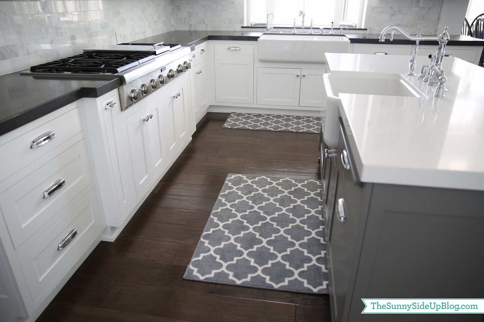 High Quality How Kitchen Area Rugs Will Add Color And Elegance To Your Kitchen