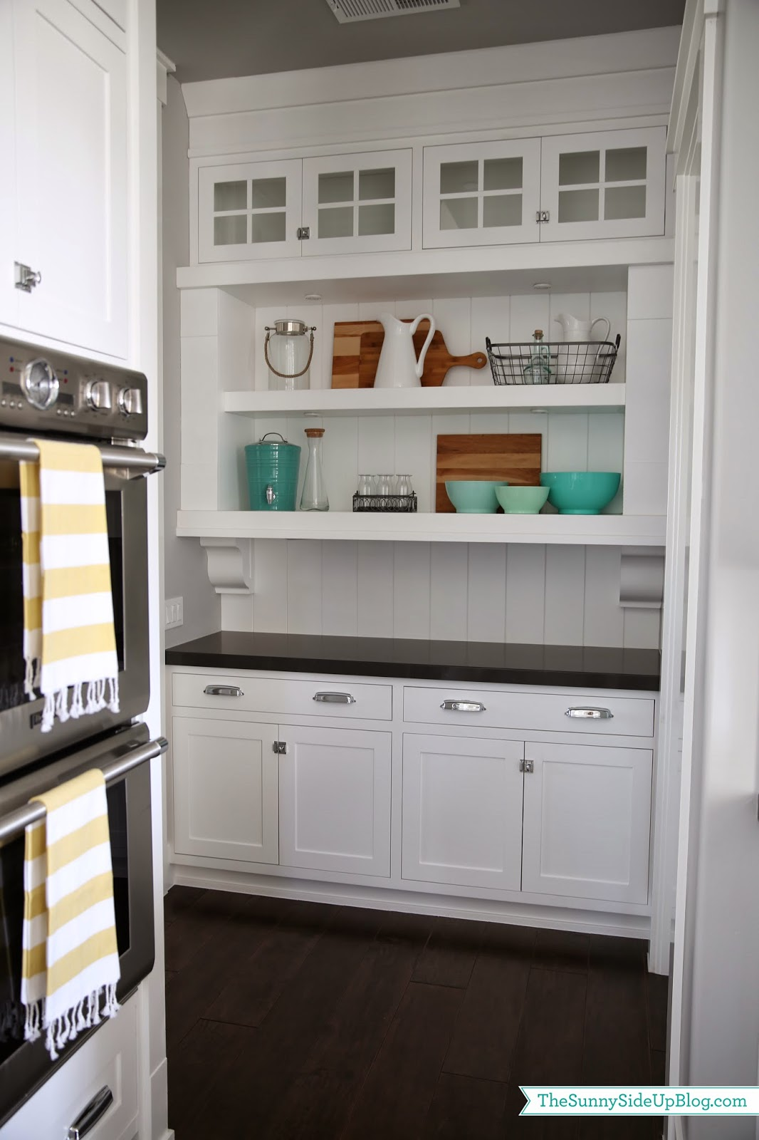 Butler S Pantry Shelves Decorated The Sunny Side Up Blog