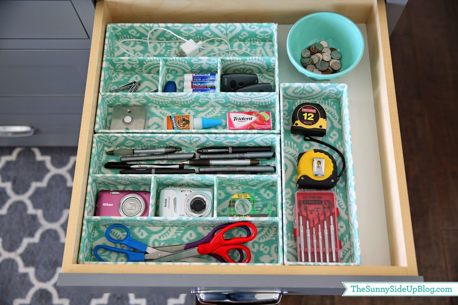 how to organize kitchen drawers organized junk drawer the side up 7299