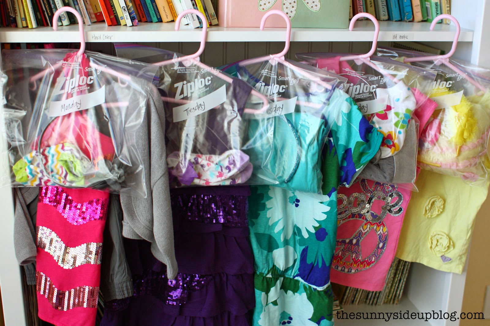 Organizing outfits for school (our new system!)