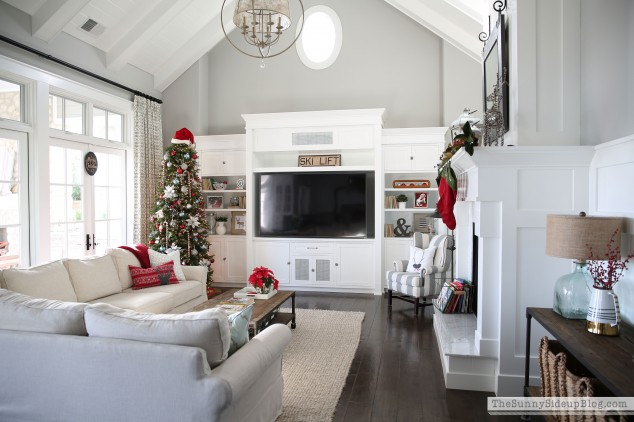 christmas-in-the-family-room