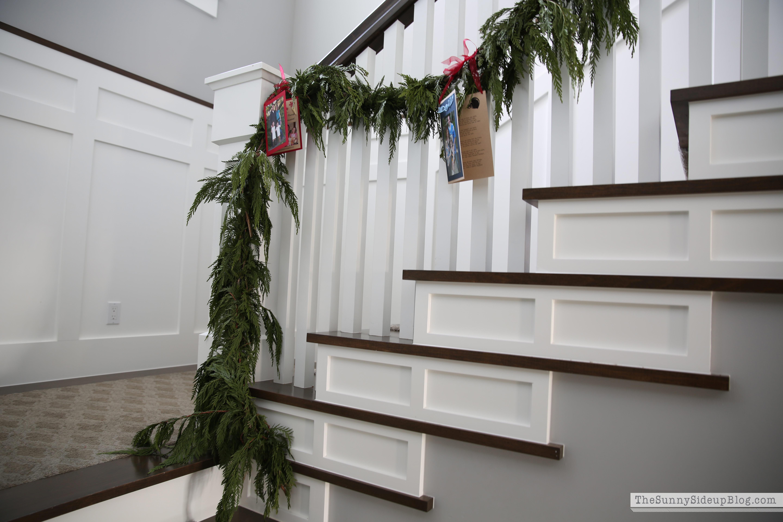 fresh-garland-on-staircase-for-christmas