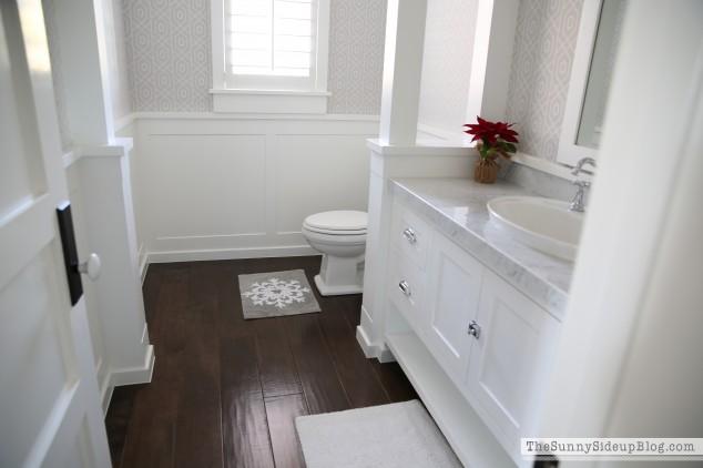 wainscotting-in-powder-bathroom