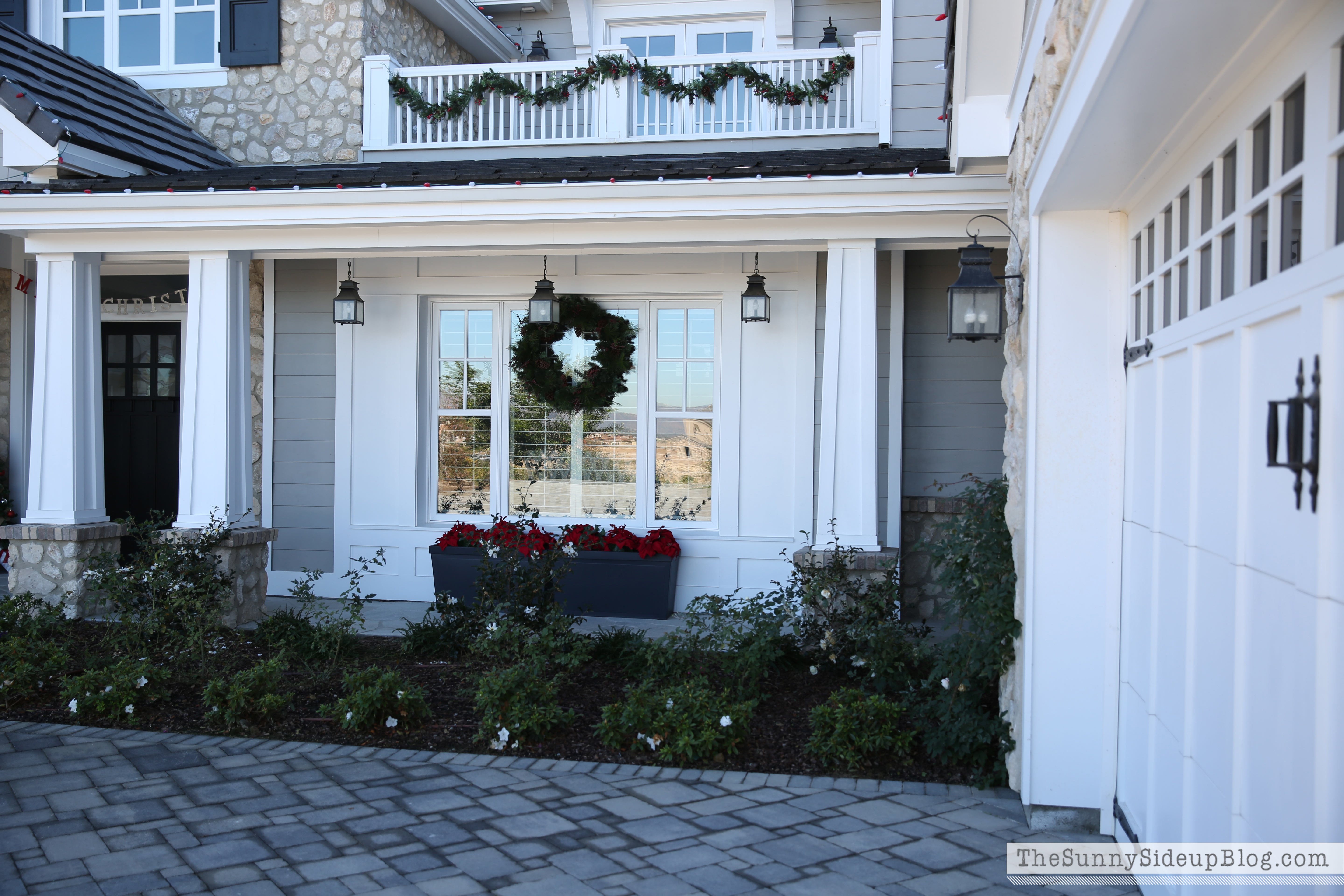 christmas front porch! - the sunny side up blog
