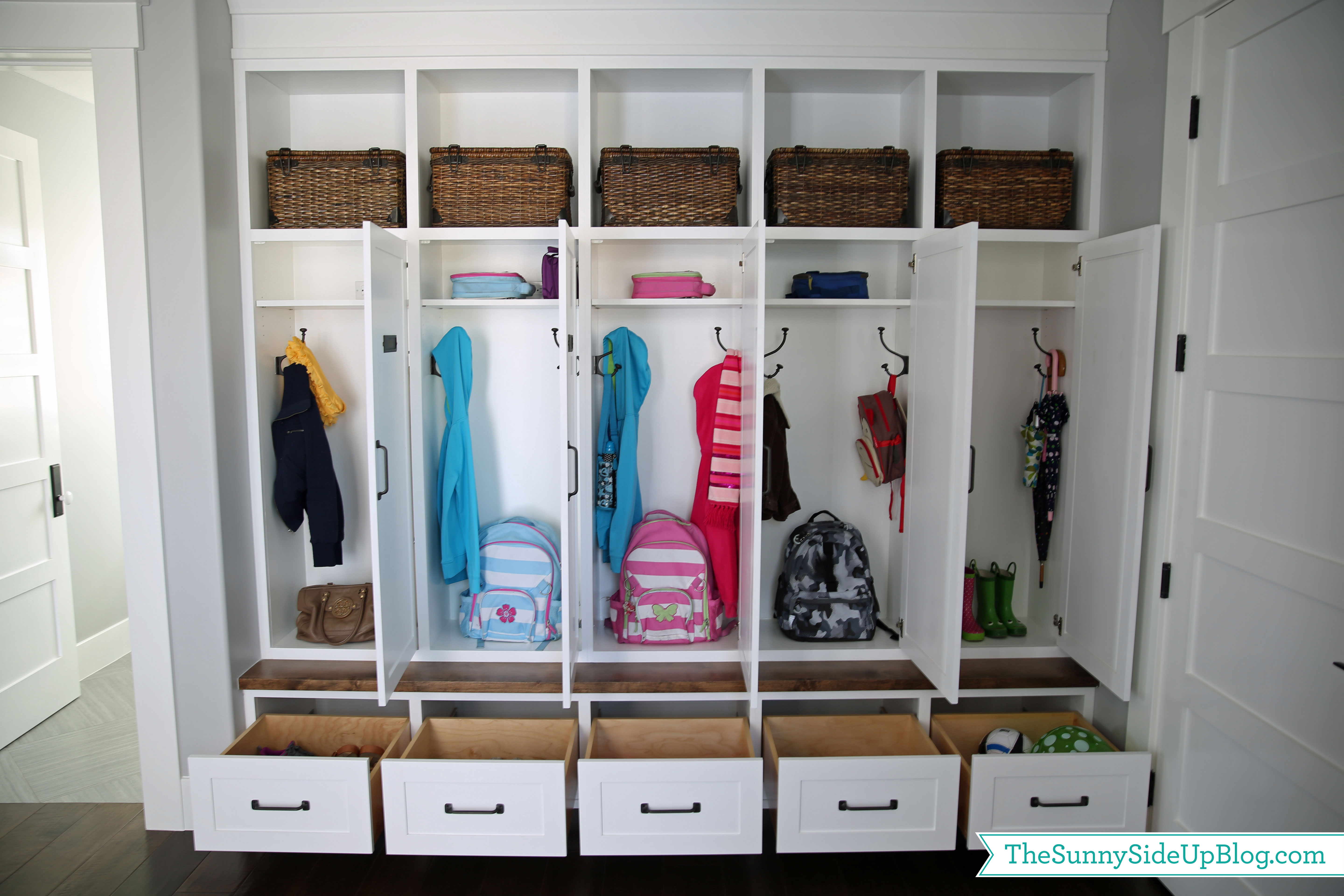 Entryway Wall Organizer Over 20 Ways To Organize Your Home And Life The Sunny
