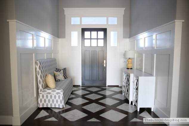 marble-entry-with-bench