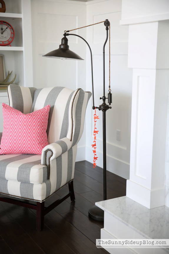 pottery barn thatcher chair
