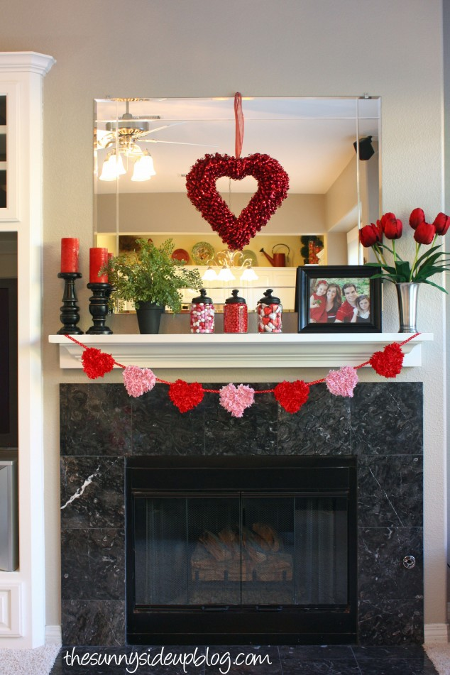 valentine-mantel-with-heart-garland