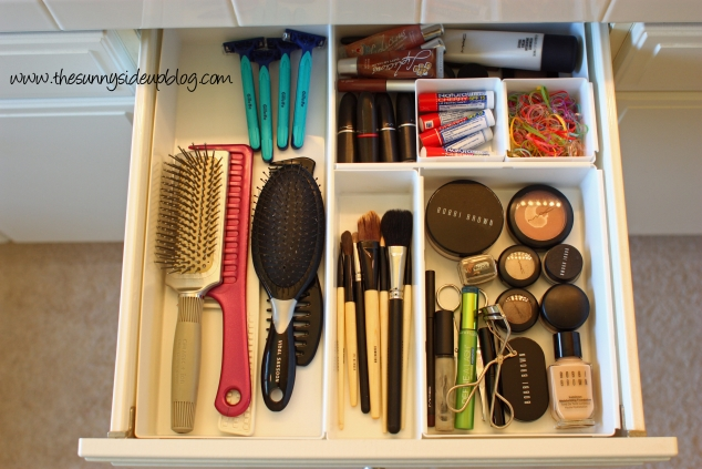 bathroom-drawers