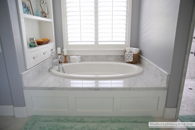 bathtub-wainscotting