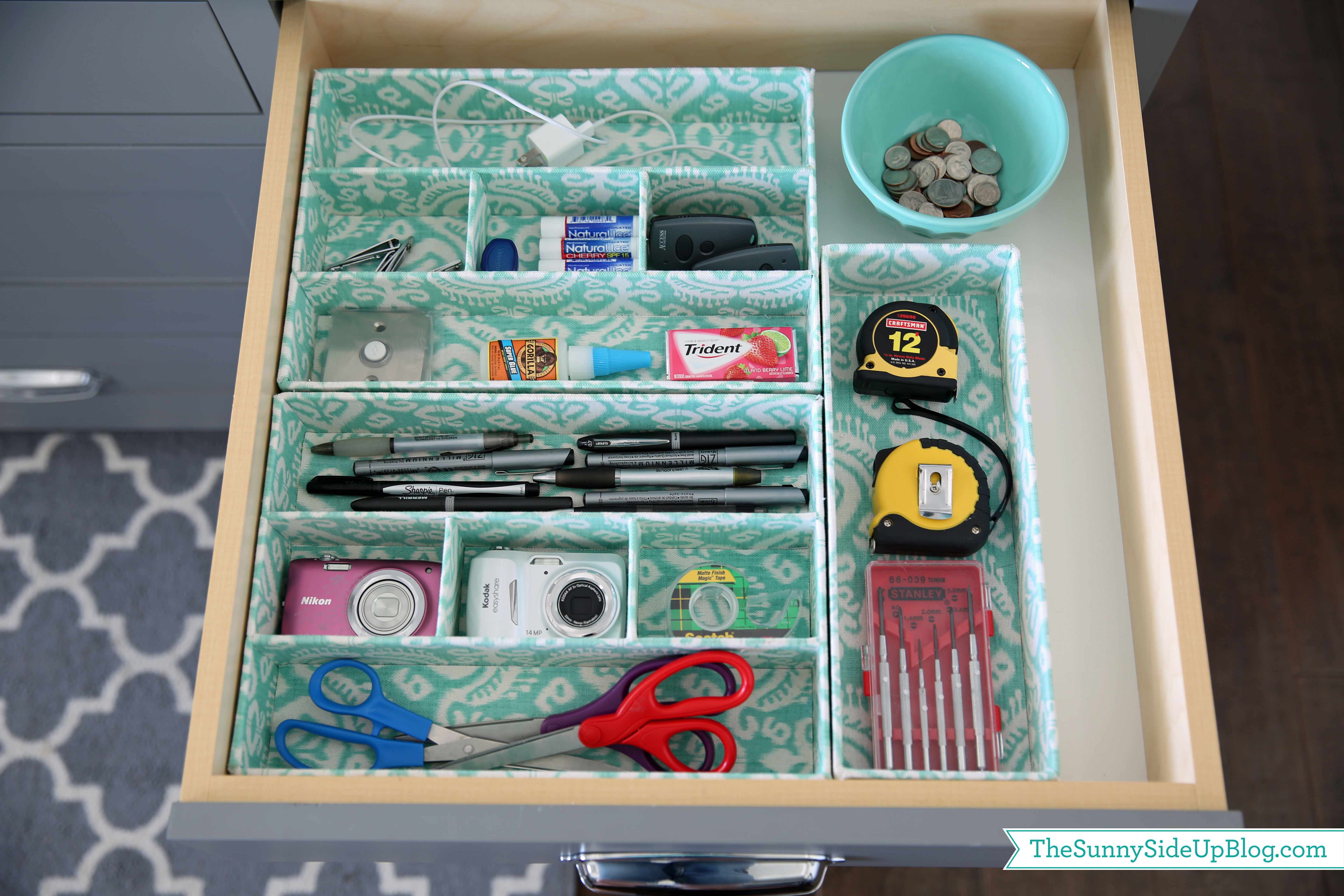 organized-kitchen-drawer - The Sunny Side Up Blog
