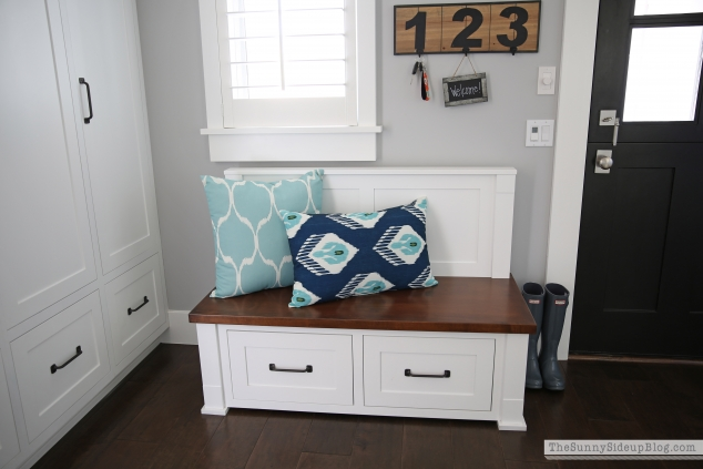 mudroom-bench
