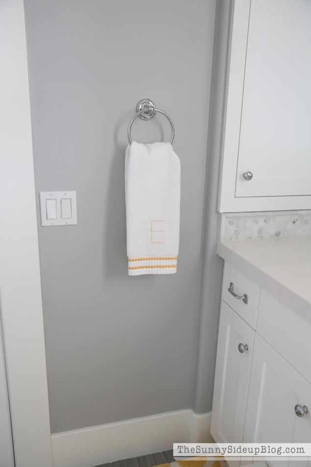 letter-E-towel
