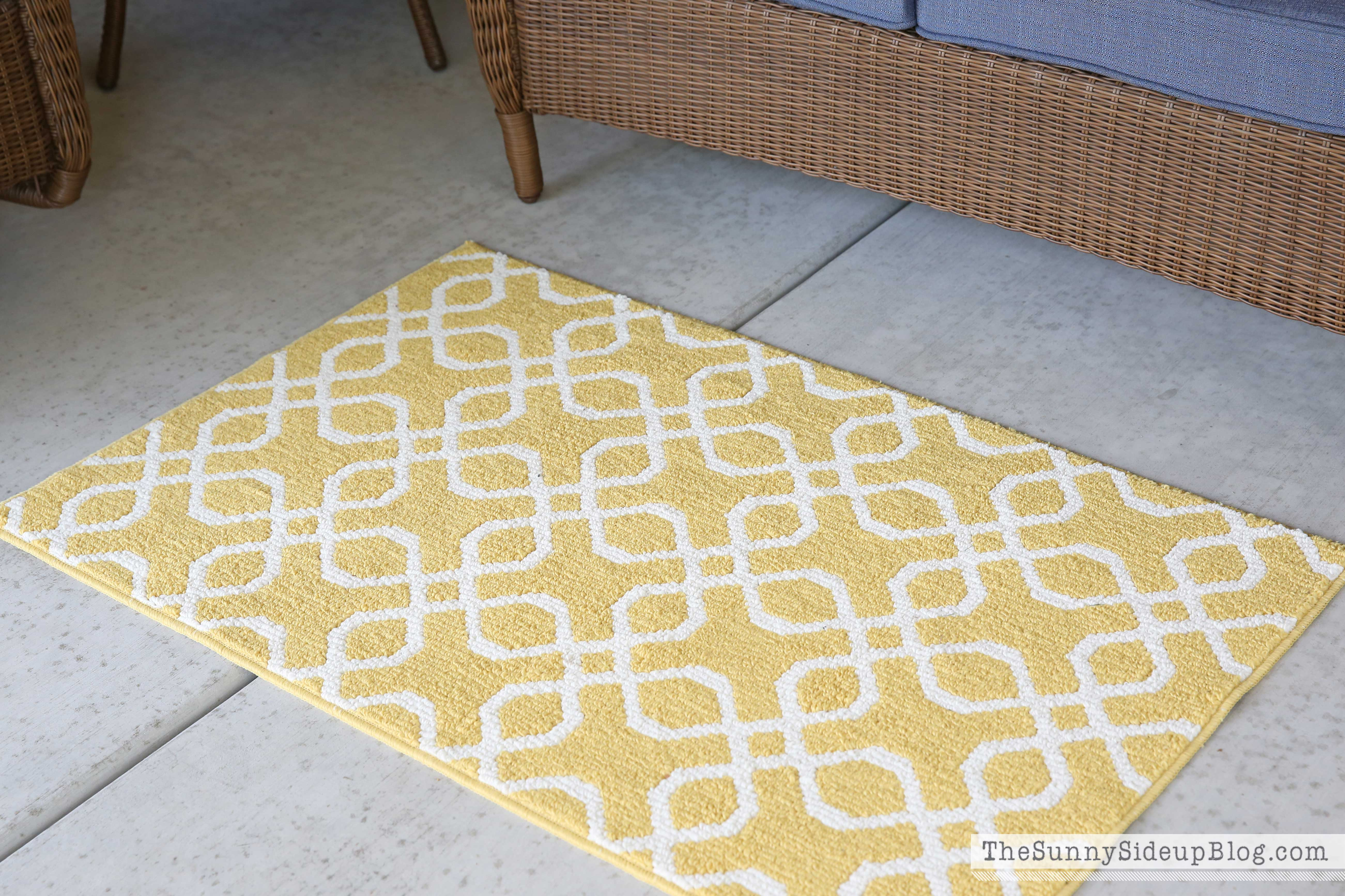 Yellow Geometric Target Rug Mom 39 S New Outdoor Decor The Sunny Side Up Blog