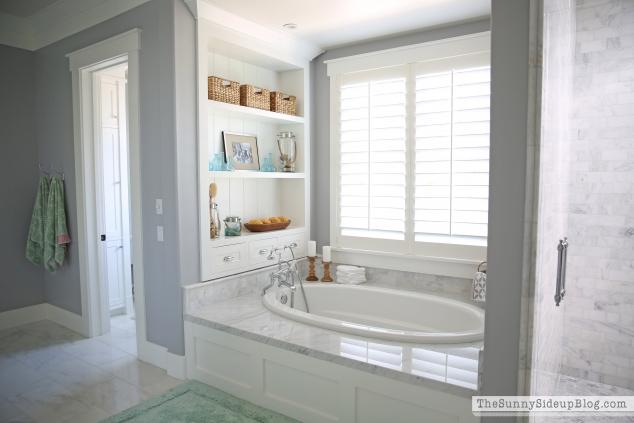 carrara-marble-bathroom-floor
