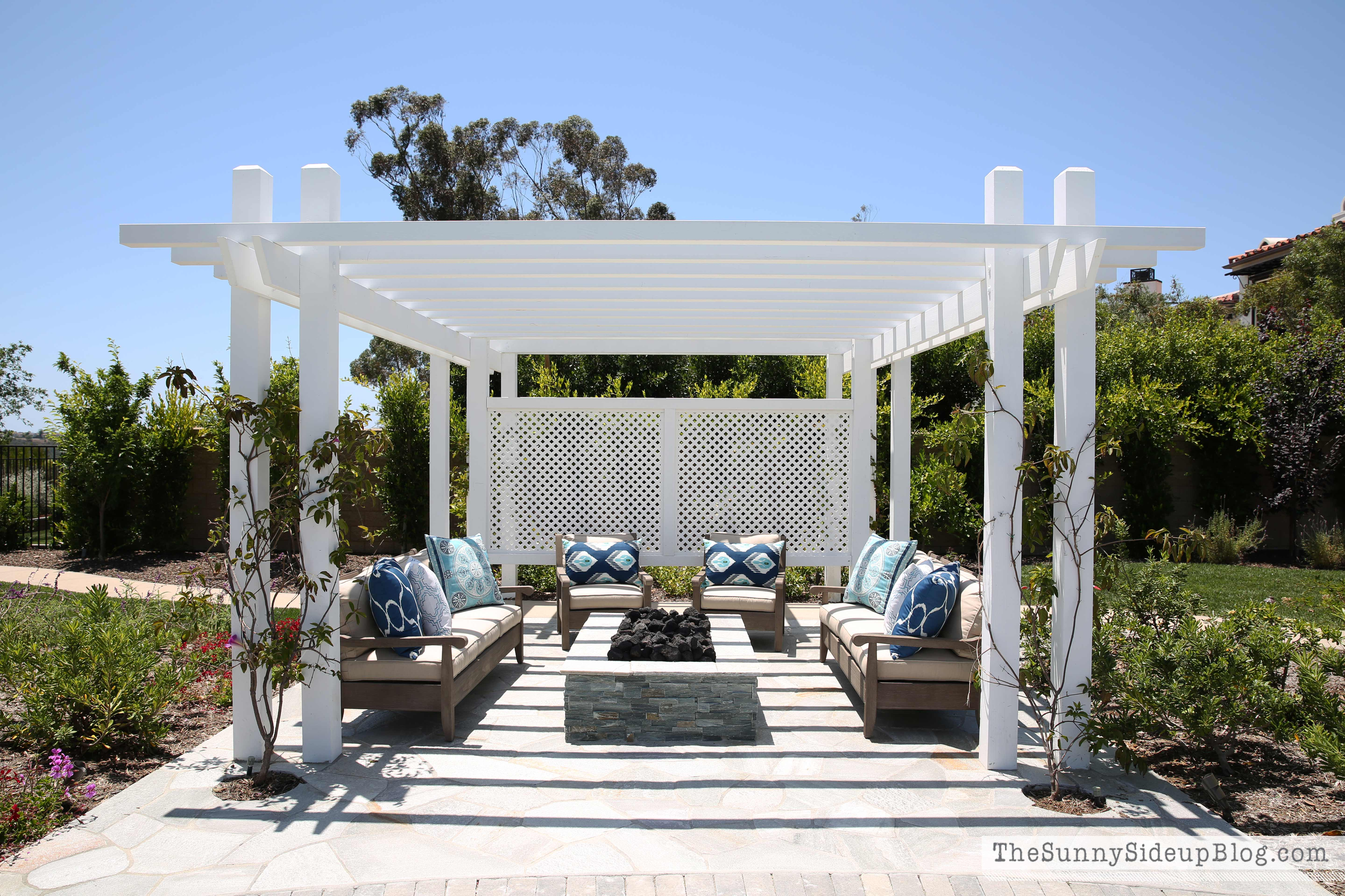 Outdoor Pergola and Fire pit - The Sunny Side Up Blog on Pergola Fire Pit Ideas id=76269