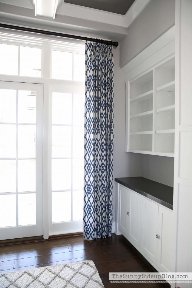 navy-patterned-drapes