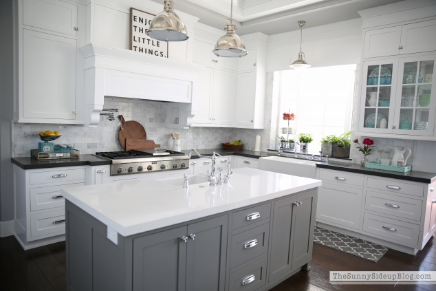 grey-island-quartz-counters