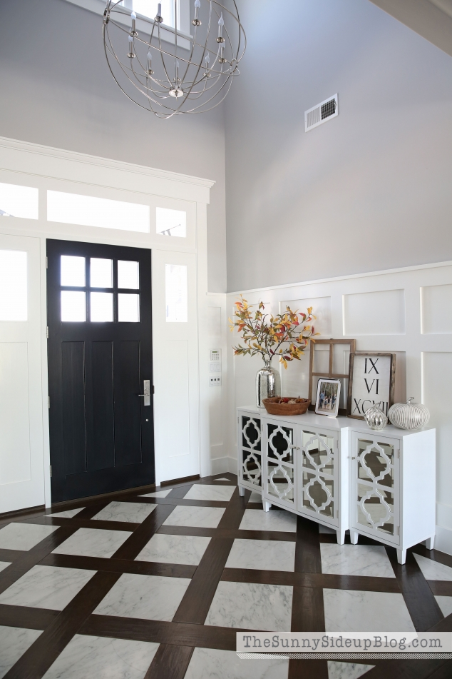 marble-and-wood-entry-floor