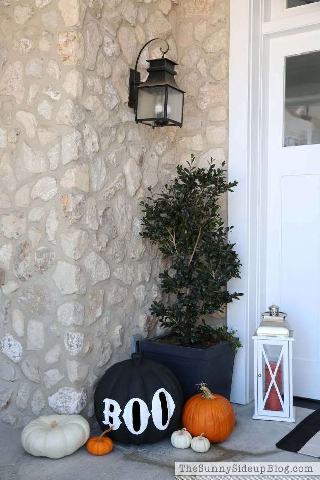 pottery-barn-boo-pumpkin