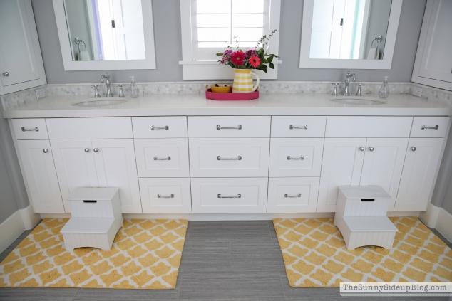 Let 39 s talk rugs the sunny side up blog for Bathroom decor pottery barn