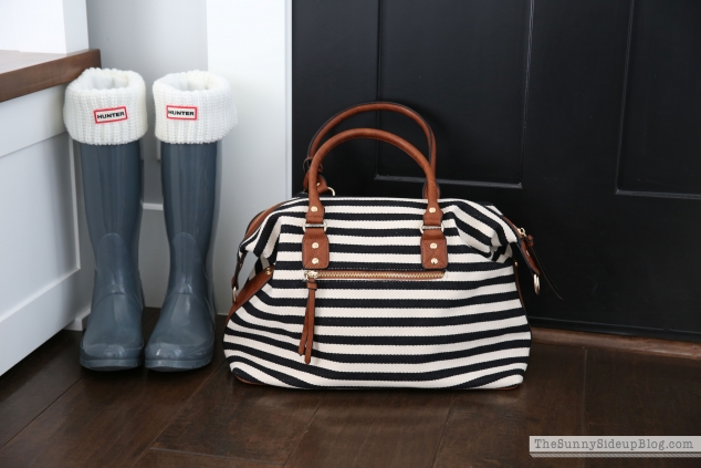 black-and-white-bag