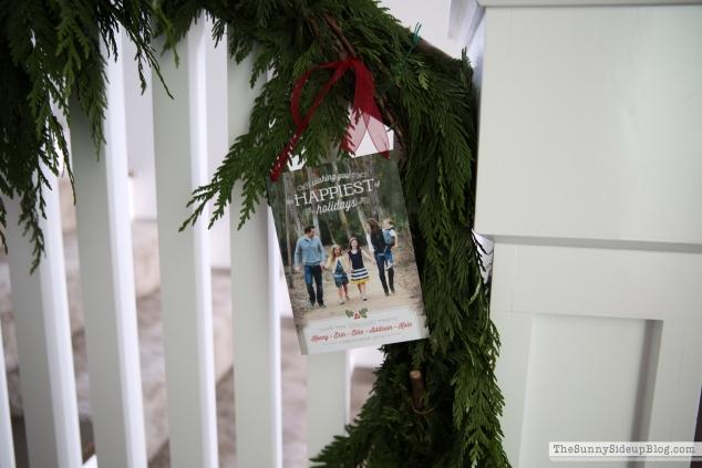 christmas-stair-garland