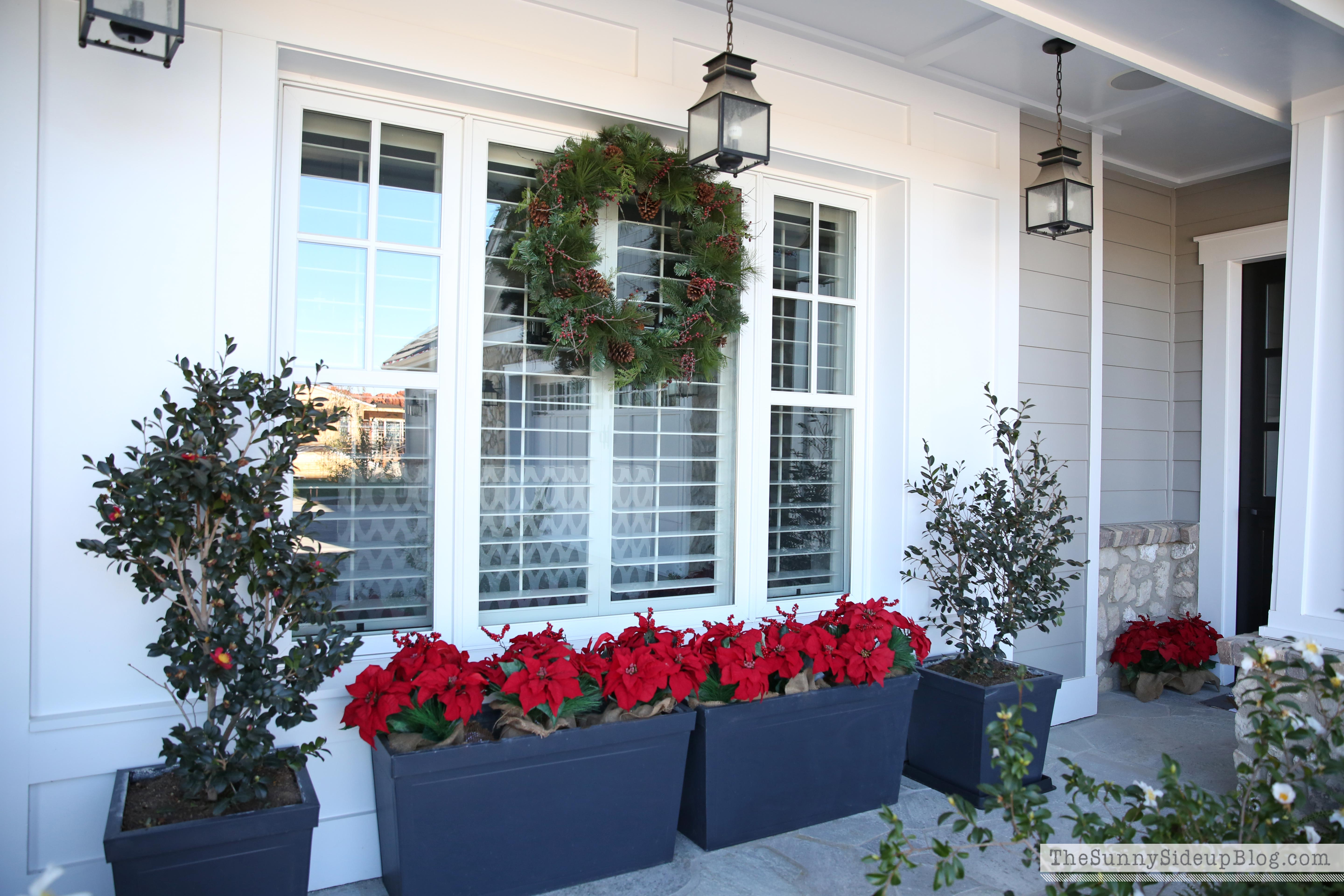 Christmas-front-porch