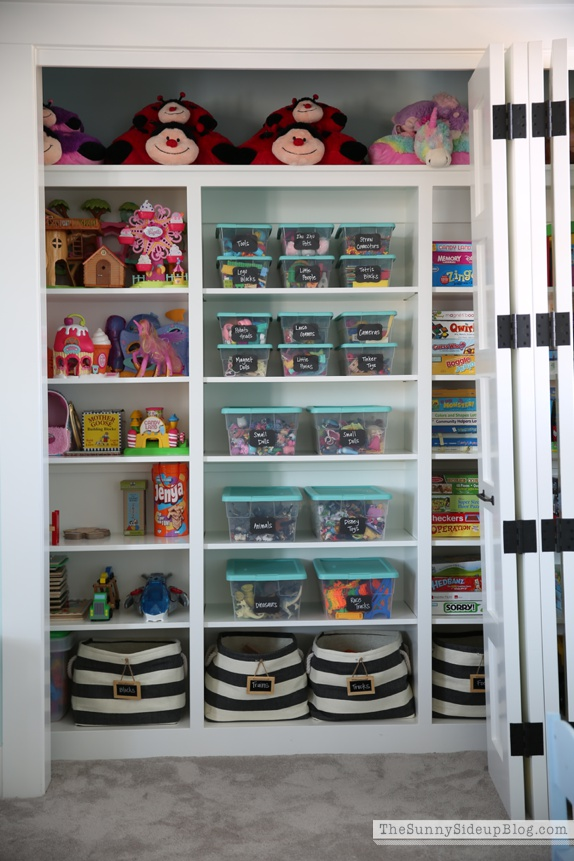 organized toys and games