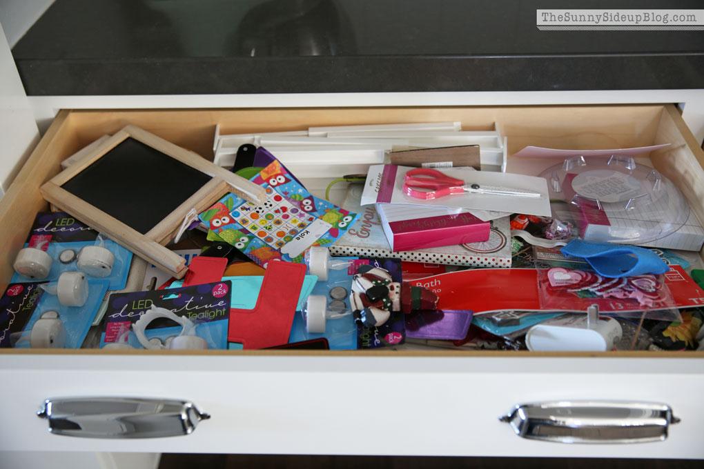 messy-butler's-pantry-drawer