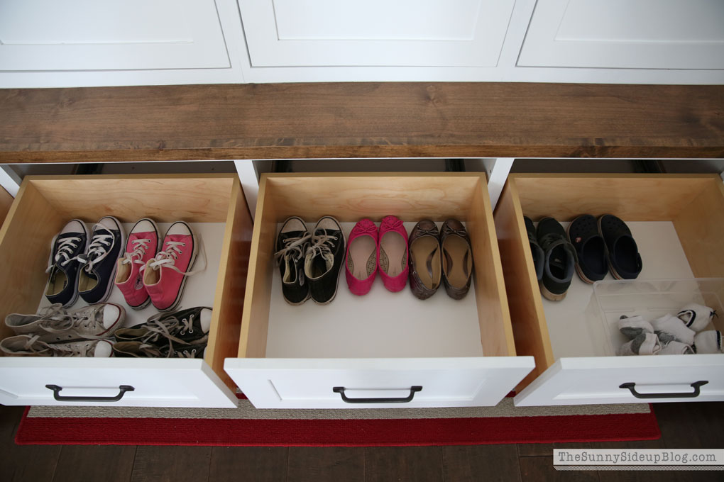 organized-mudroom-22