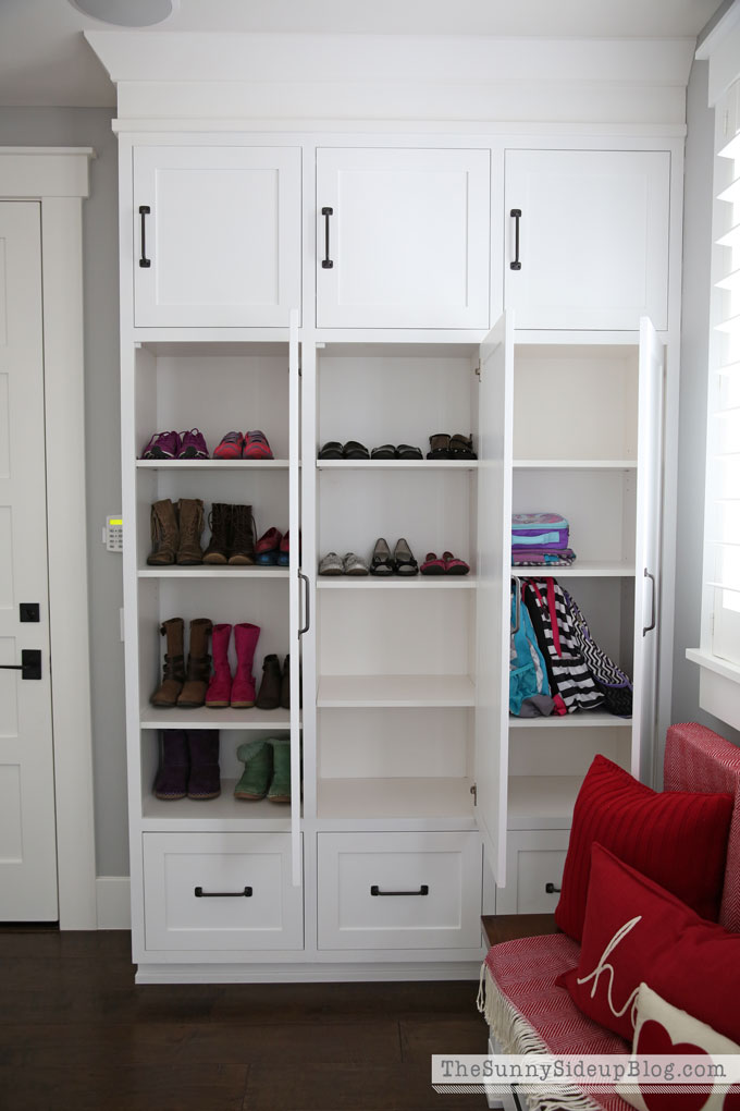 organized-mudroom-24