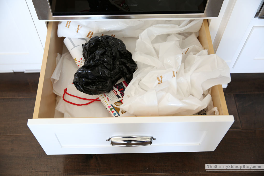bag-drawers-before