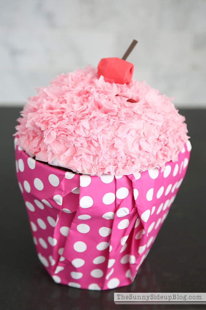 How to make a Cupcake Valentine Box and other fun valentine ideas