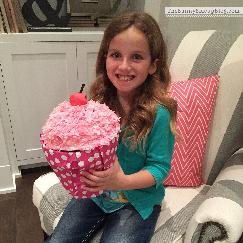 cupcake-valentine-box