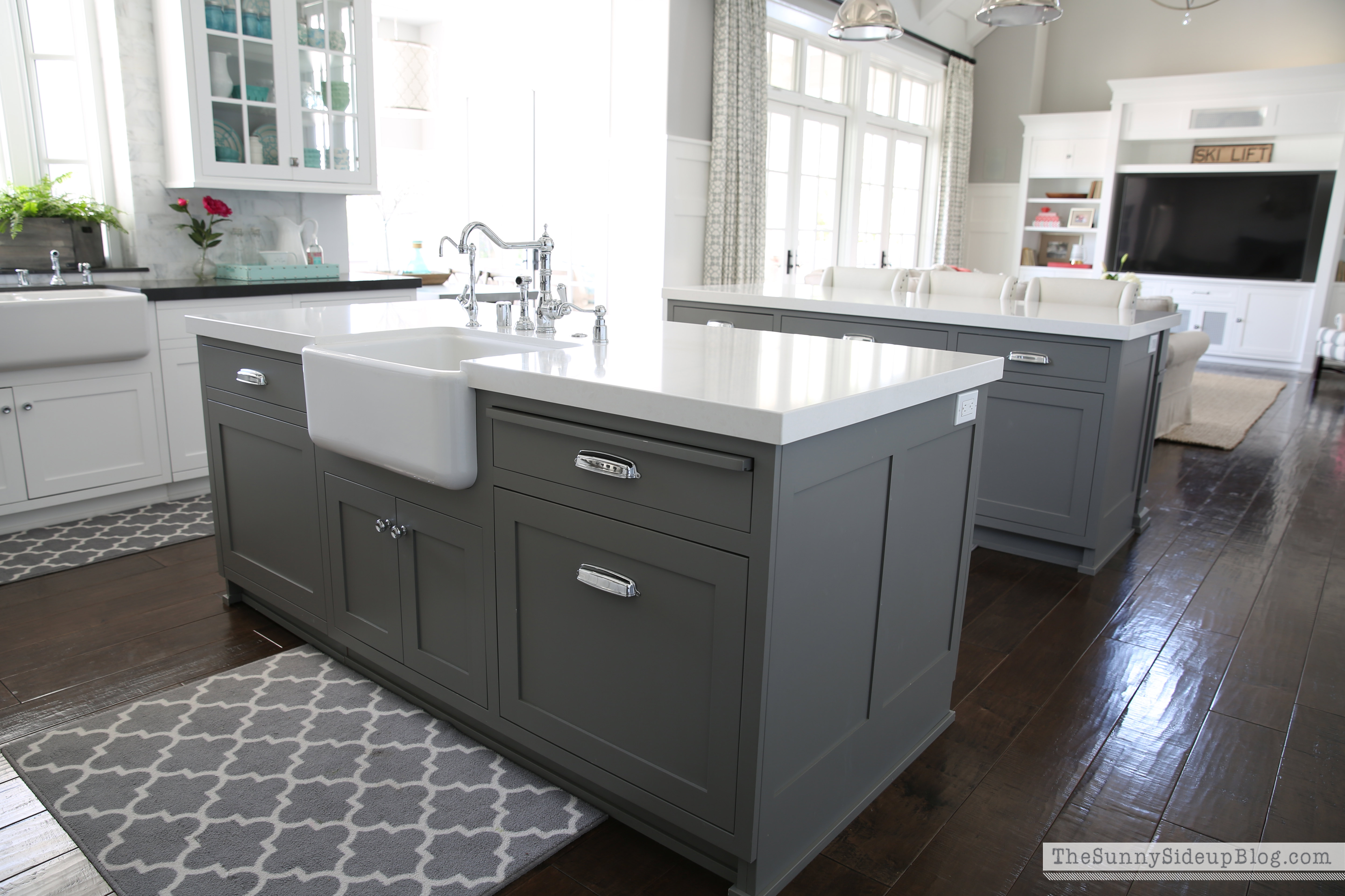grey kitchen island organized kitchen drawers and cupboards the sunny side up blog 1646