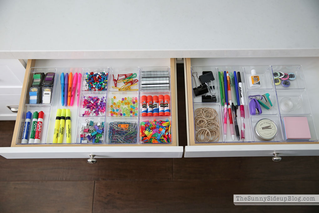 organized-desk-drawers