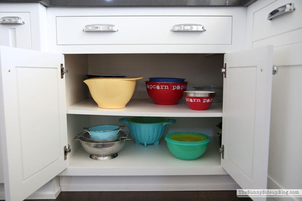 organized-kitchen-cabinets-7