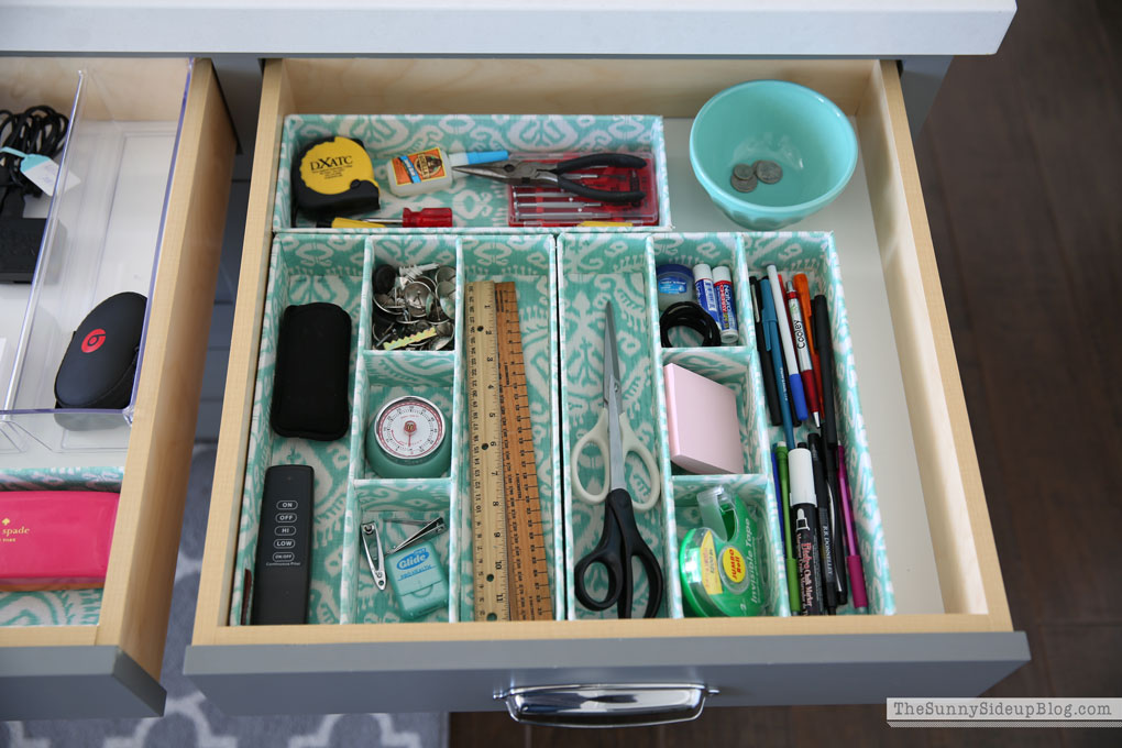 ... Organized Kitchen Junk Drawers
