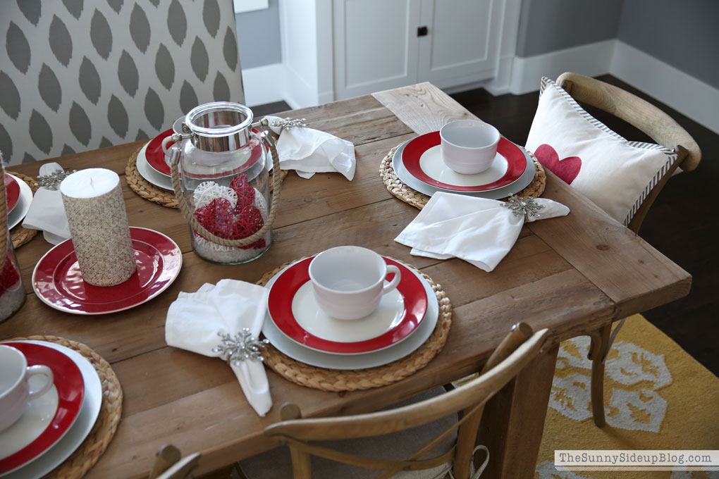 valentine's-day-tablescape-2