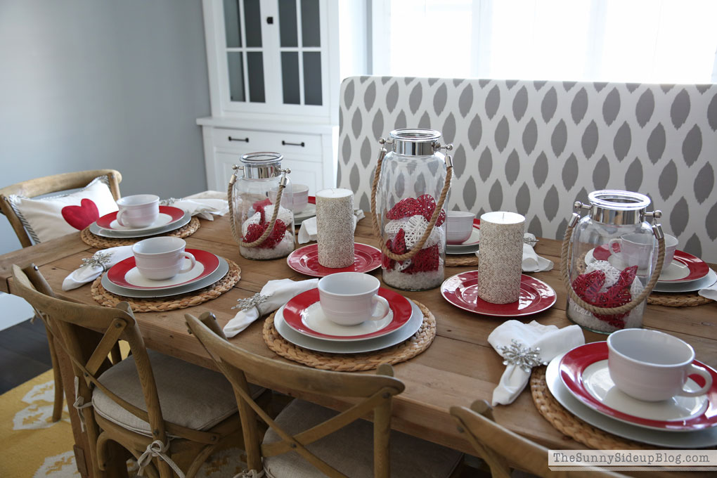 valentine's-day-tablescape