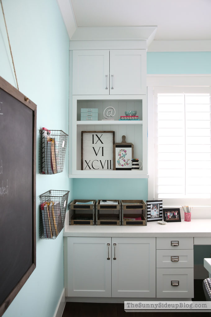 decorated-office-craft-room-7