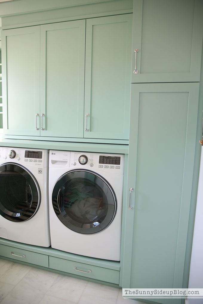 painted-laundry-cabinets