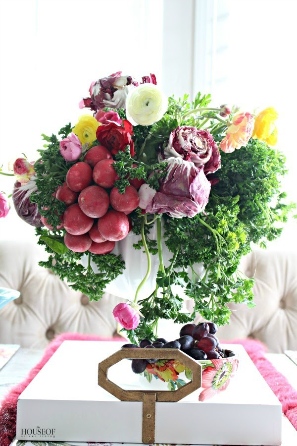 a-colorful-spring-centerpiece-13