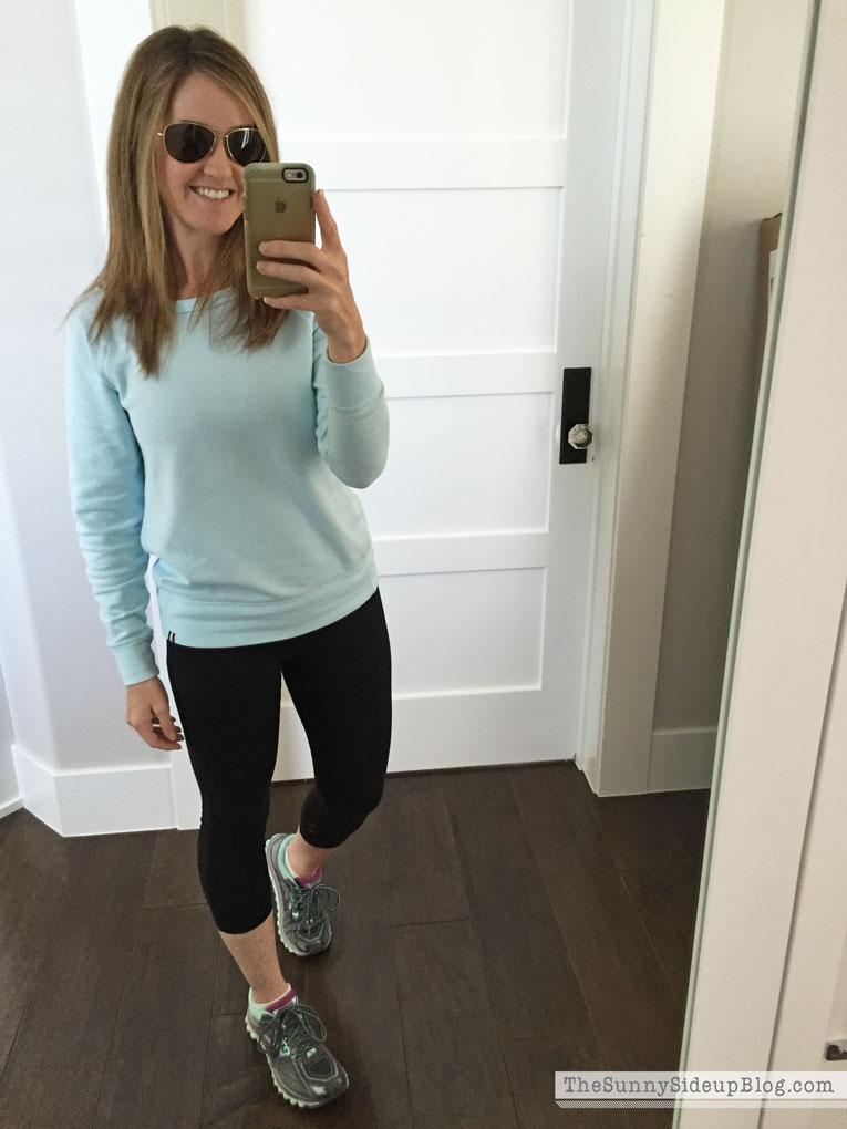 gap-sweatshirt