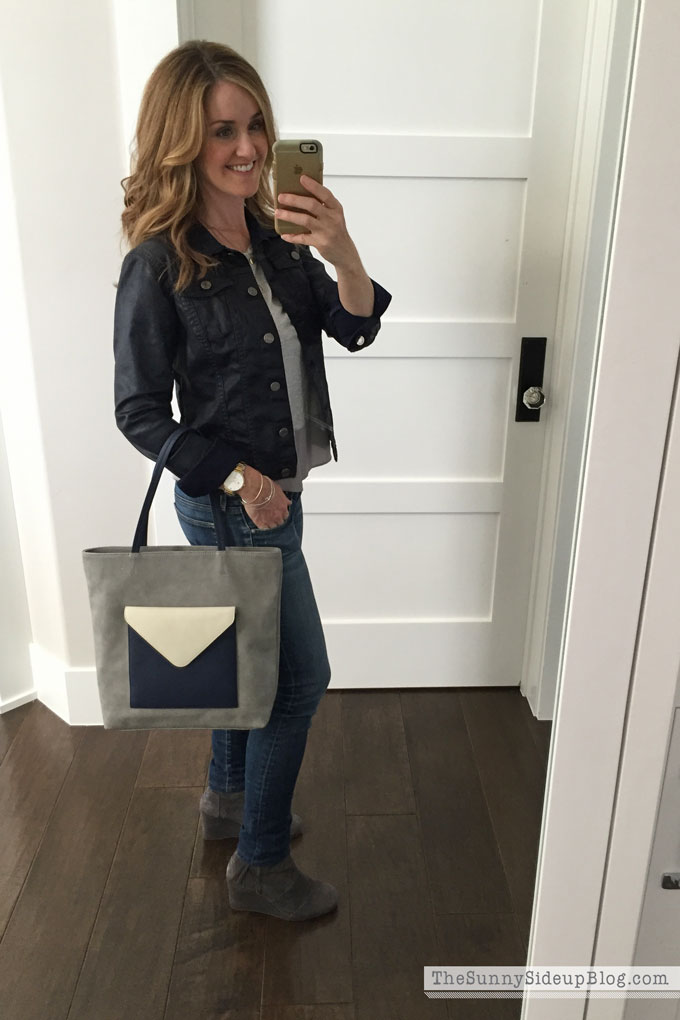 navy-and-gray-bag