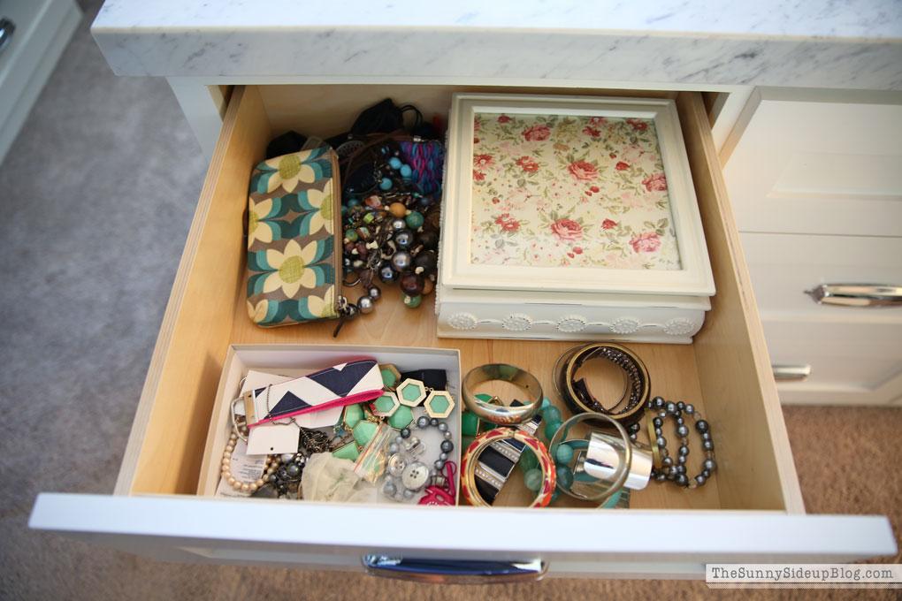 organizing-jewelry-2