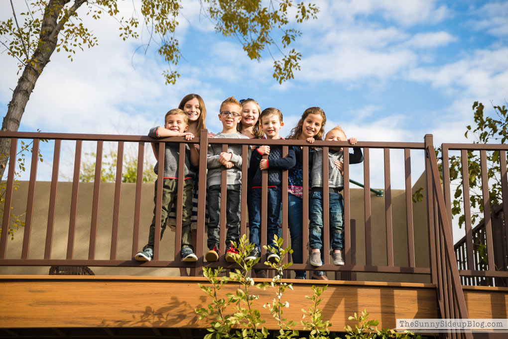 grandkids-at-treehouse